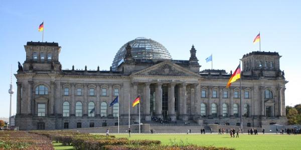 Bundestagswahl 2013 – gesundheitspolitische Sprecher im Interview: Welche Perspektiven hat die Homöopathie?