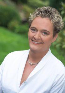Cornelia Bajic, 1. Vorsitzende des Deutschen Zentralvereins homöopathischer Ärzte (DZVhÄ)