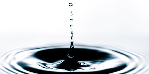 Homöopathie-Irrtum: Potenzierung – alles Hokuspokus