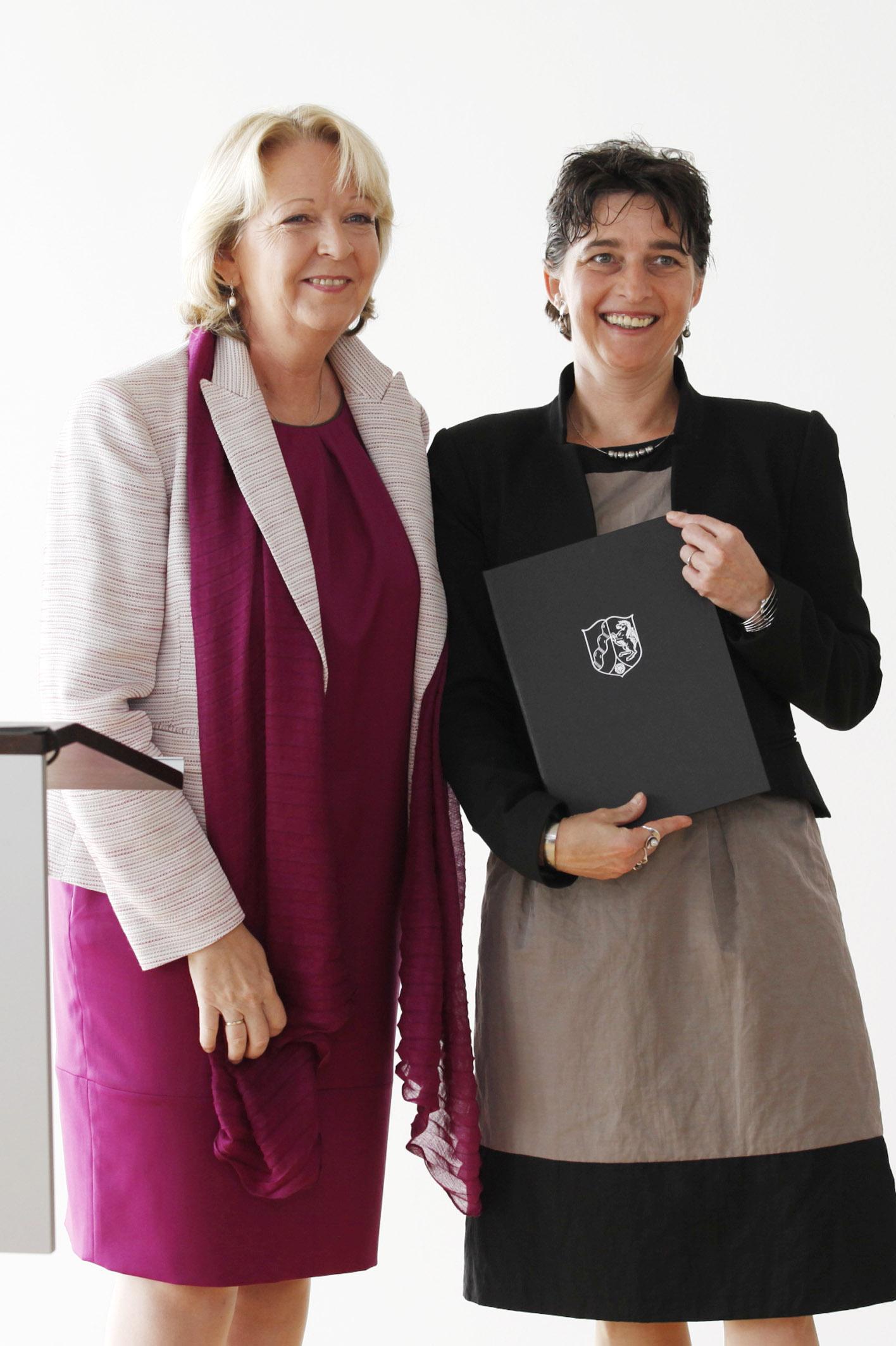 Barbara Steffens mit Ministerpräsidentin Hannelore Kraft. FOTO: ©MGEPA/Sondermann