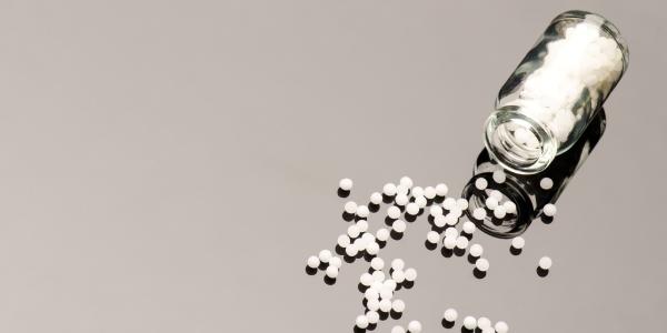 Wer hat Angst vor Homöopathie? – Professoren und Ärztegesellschaften unterstreichen mit einer Deklaration die wissenschaftliche Evidenz für die Wirksamkeit der Homöopathie
